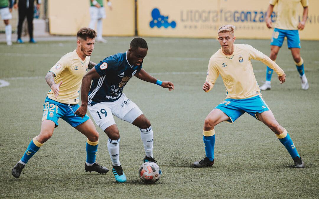 El CD Marino sale derrotado en su visita a Las Palmas Atlético (2-1)
